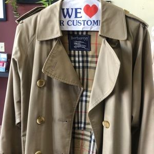 Burberry trench coat(unisex)